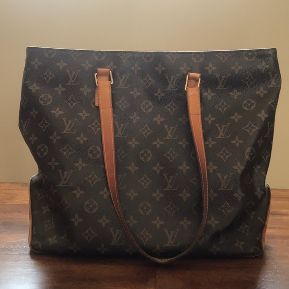 368a76123af4 Louis Vuitton Handbags - Louis Vuitton Cabas Mezzo discontinued!